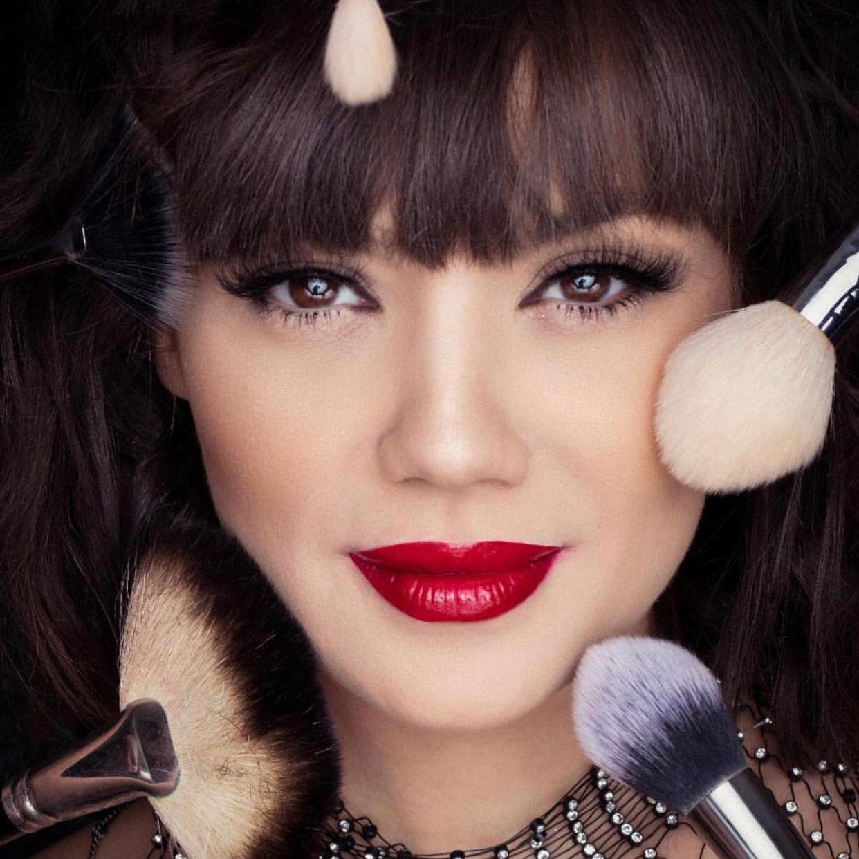 VIDEO: Make-up Make-over 5