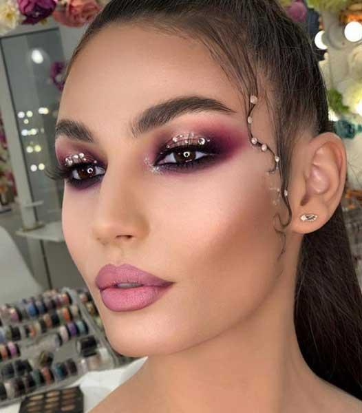 Make-up Dictionary 11