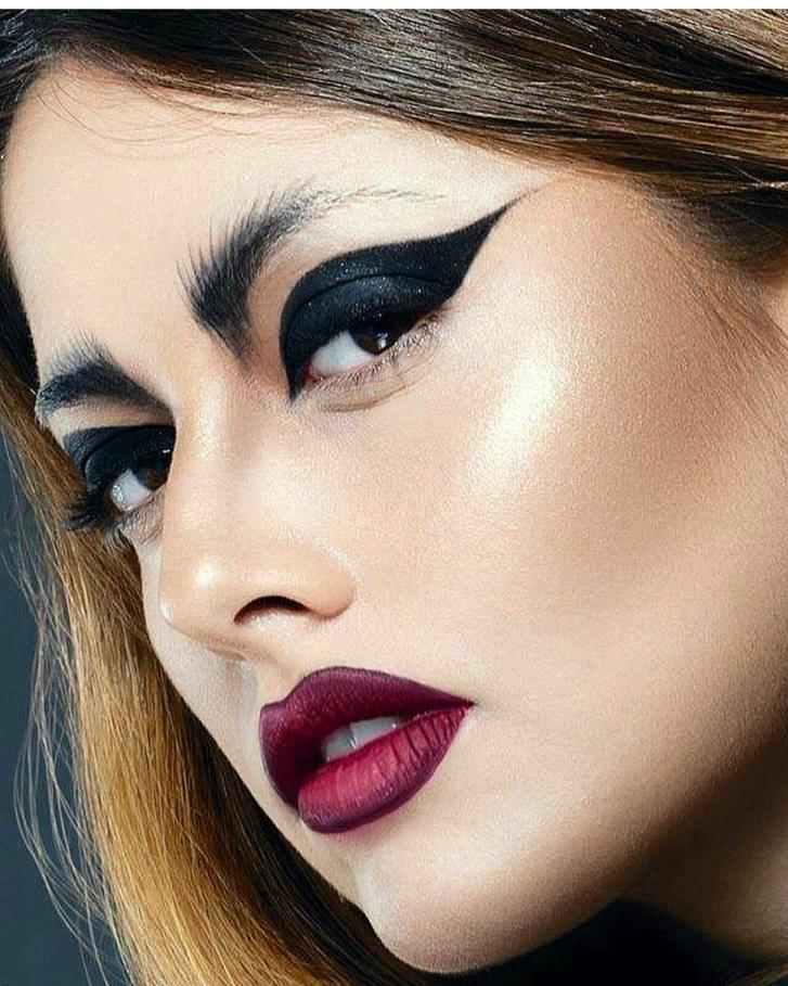 Eyelinerul - 8 stiluri diferite de eyeliner. Pe care îl preferi? 6