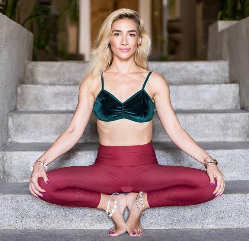 VIDEO: Yoga Facială 1