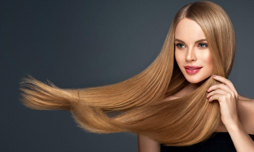 De ce se electrizează părul iarna? 1