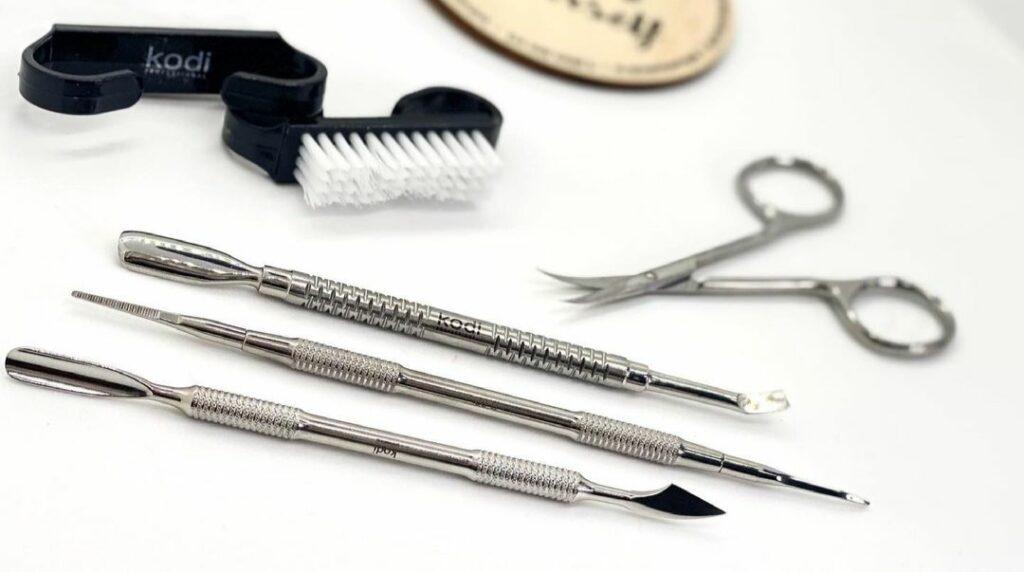 Sterilizarea instrumentelor de manichiură 2