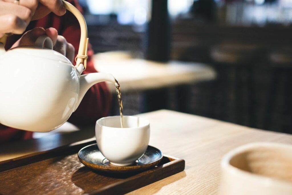 Cum scăpăm de cearcăne cu ajutorul ceaiului verde? 5