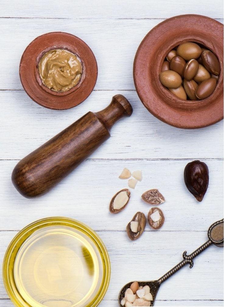 Beneficiile uleiului de argan asupra părului 9