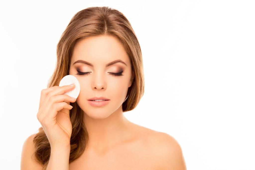 5 greșeli în îngrijirea feței care va deteriorează tenul 2