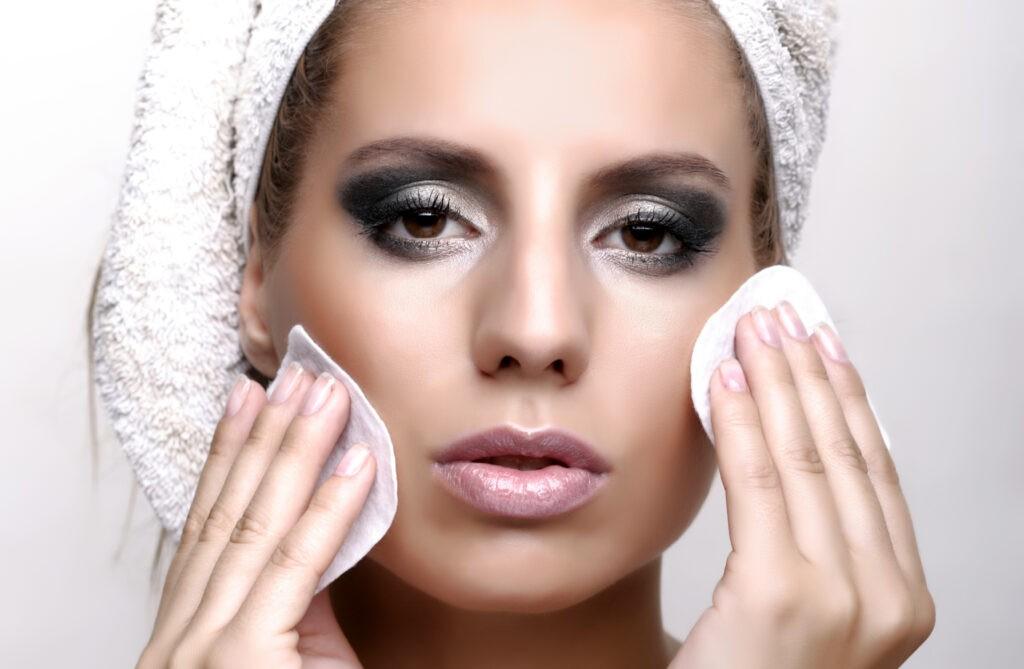 5 greșeli în îngrijirea feței care va deteriorează tenul 1
